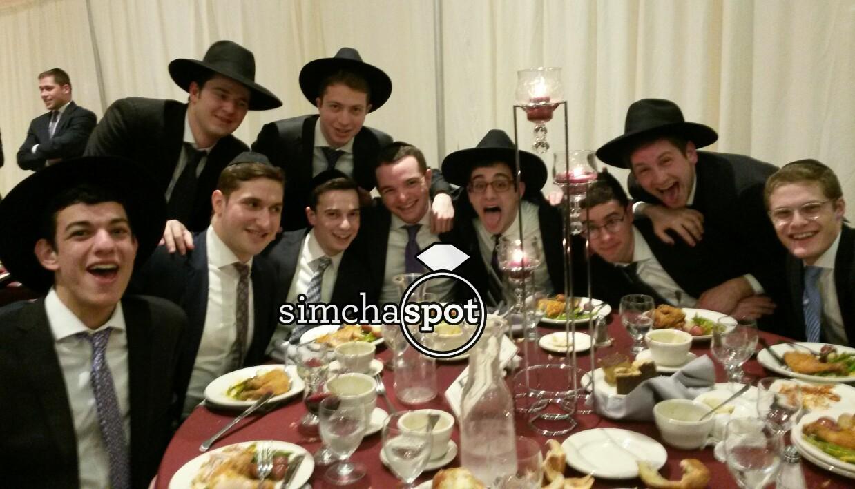 wedding of mordechai and baila kiewe 2 pics � simchaspotcom